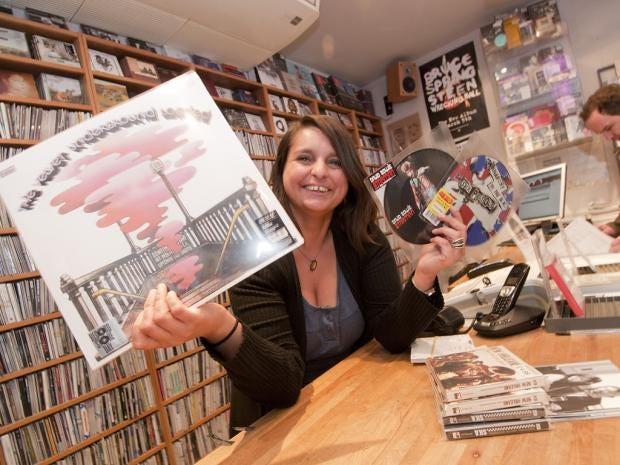 IA21-18-Vinyl.jpg