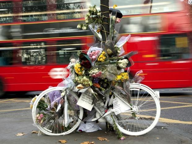 IA21-10-Cyclists.jpg