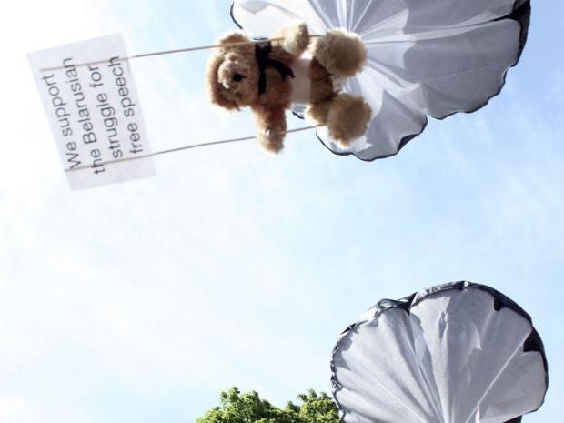 IA03-31-Teddy-main-ap.jpg