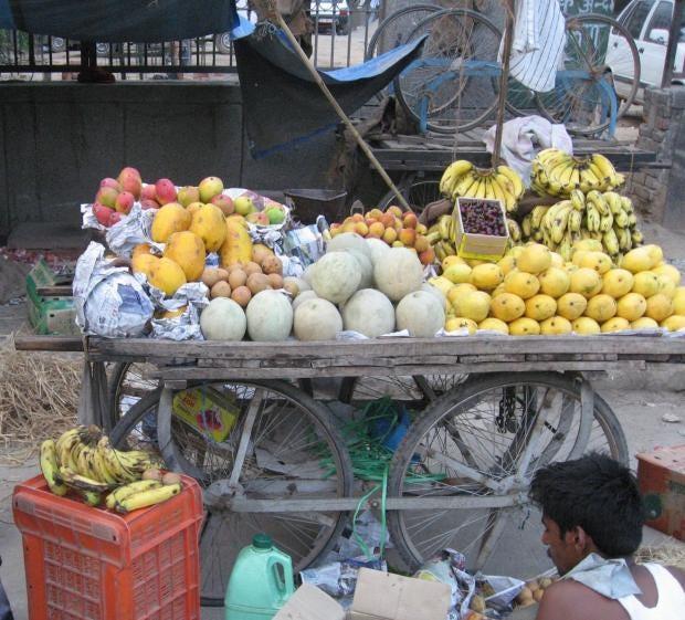 Delhi-market-trimd_1.jpg