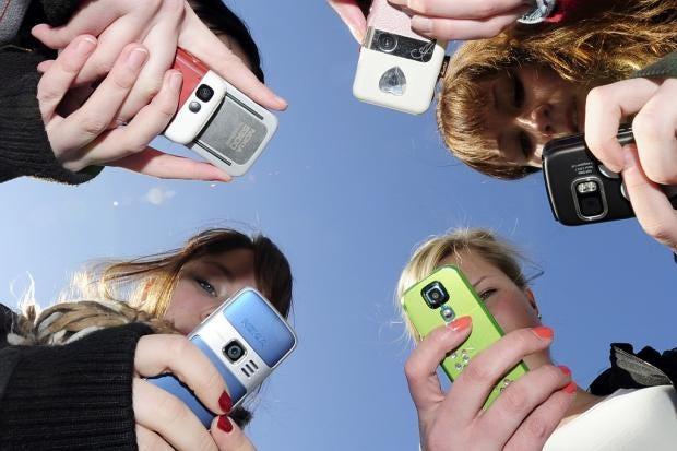 mobiles.jpg