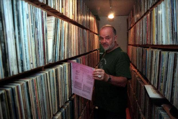 John_Peel_in_record_collection.jpg