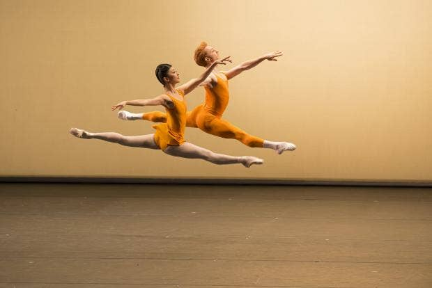 Yuhui Choe and Steven McRae in Concerto. Photo Bill Cooper, courtesy of ROH.jpg