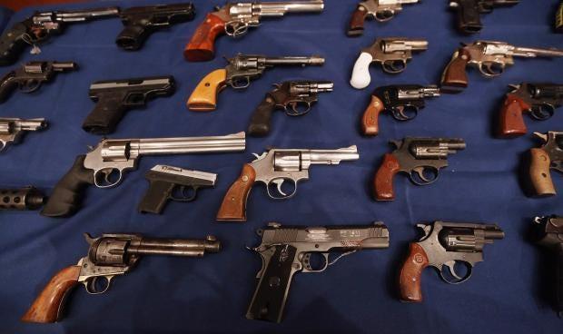 guns_1.jpg