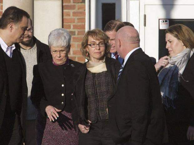 Giffords-reuters.jpg