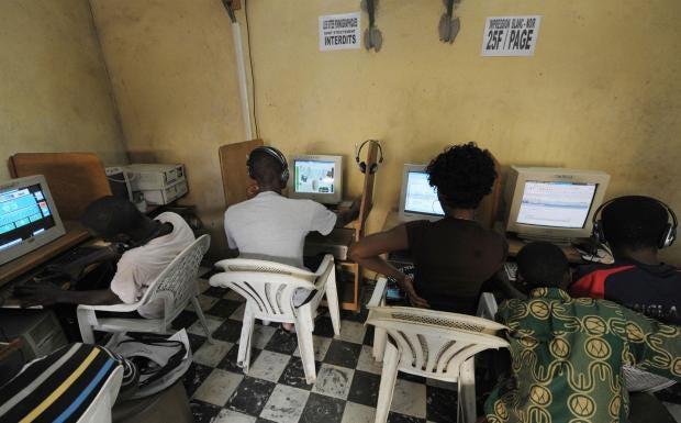 internet-cafe.jpg