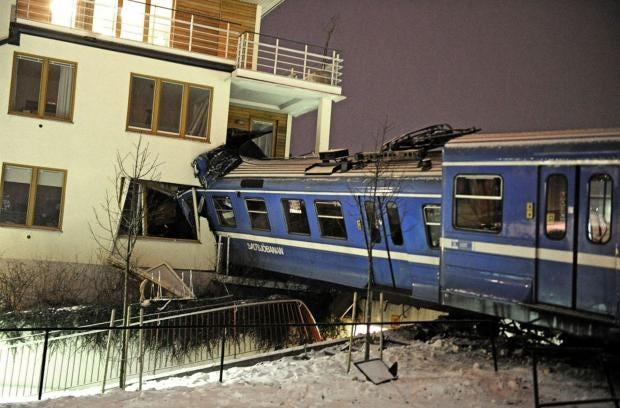 Sweden-train-crash-REX.jpg