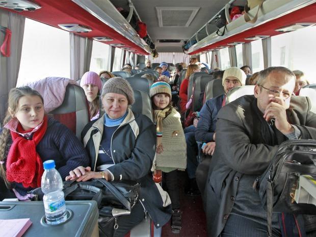 pg-28-russians-evacuate-ap.jpg