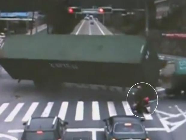 lorry-china_1.jpg