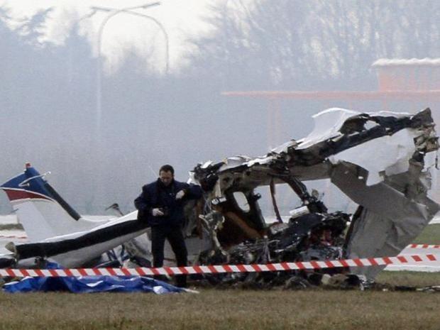 Charleroi-airport-plane-cra.jpg