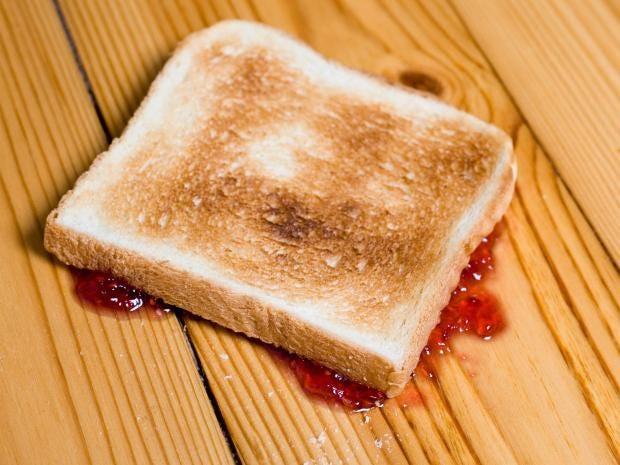 pg-28-toast-alamy.jpg