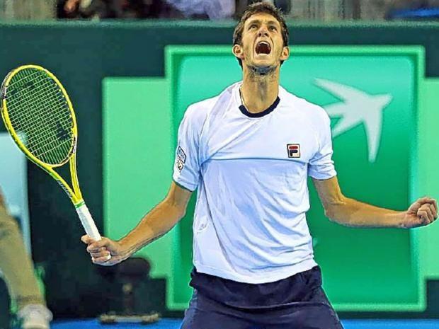 james-word-tennis.jpg