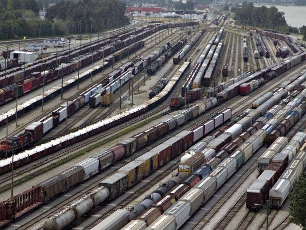 Canadian-Rail-Reuters.jpg