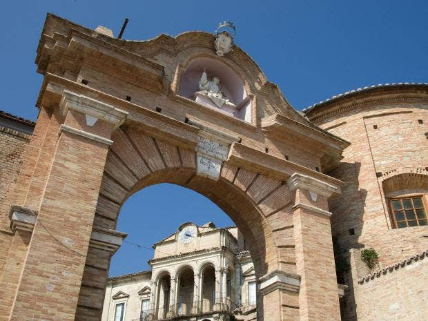 Italy-porta-san-nicola.jpg