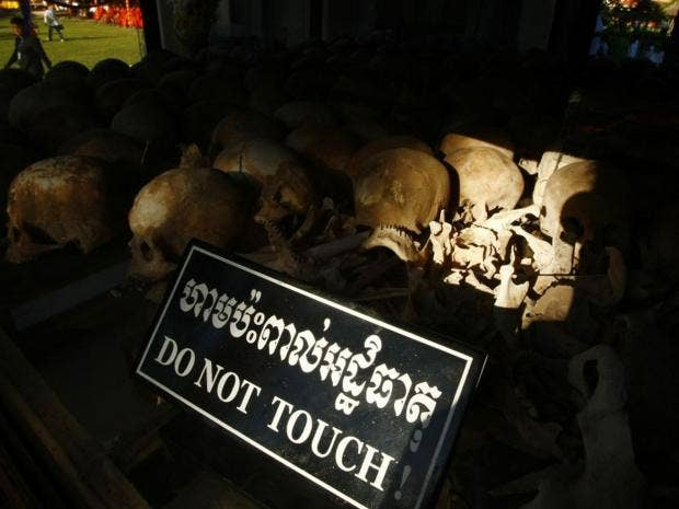 khmer-rouge-AP.jpg
