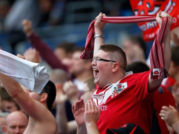 Salford-City-fans.jpg