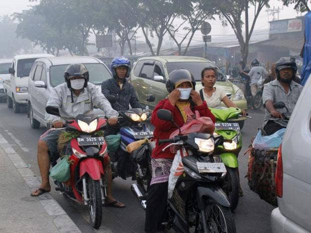 AN23253088Indonesian-smog.jpg