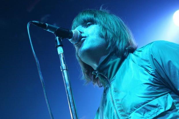 Liam-Gallagher-Beady-Eye.jpg