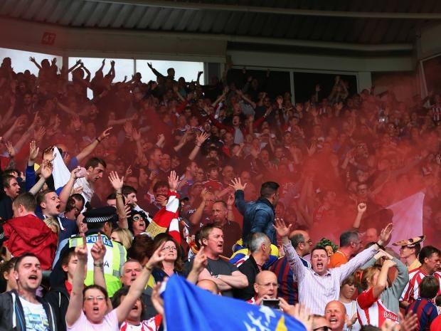 Stoke-City-fans.jpg