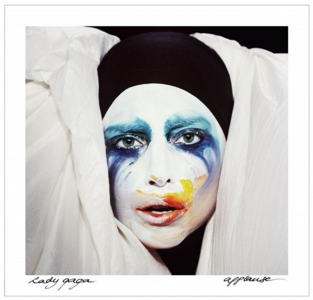 Lady-Gaga-Applause.jpg