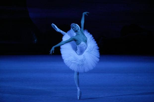 src_Swan_Lake_Ekaterina_Shipulina._Photo_by_Damir_Yusupov_61.jpg