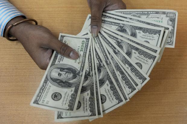 moneyhandling.jpg