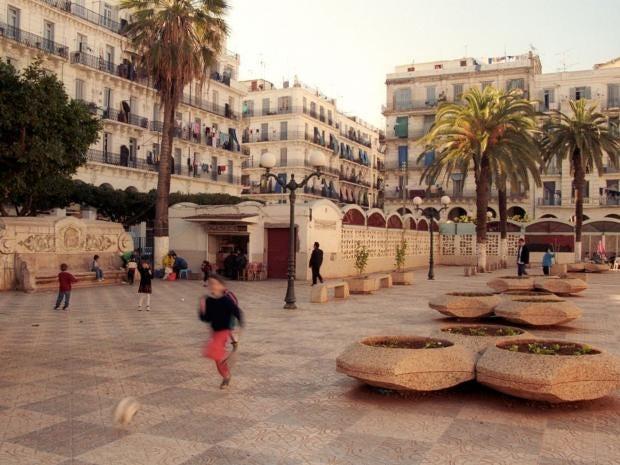 Algiers-ALAMY.jpg