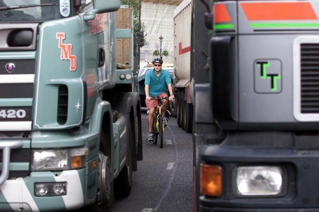 cyclistlorry.jpg