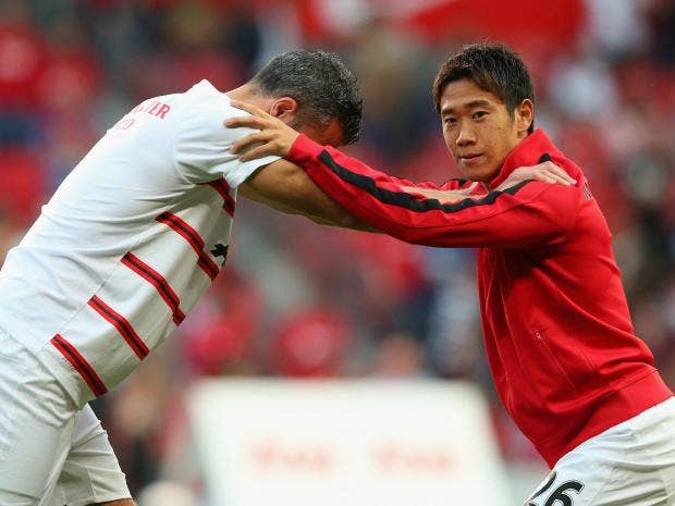 Shinji-Kagawa;-Robin-van-Pe.jpg