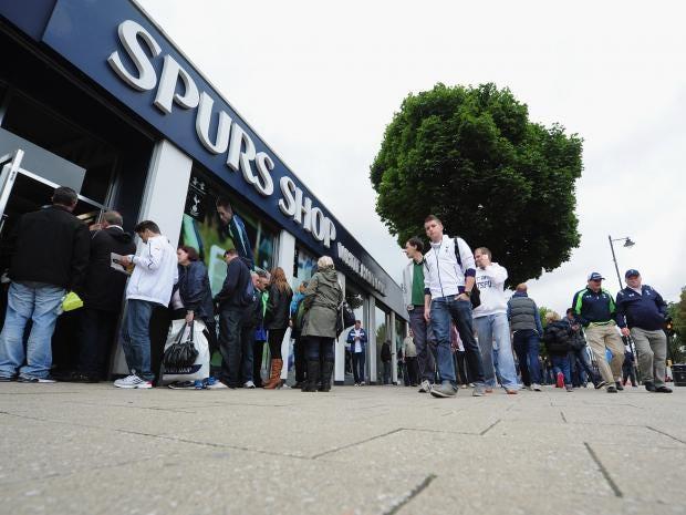 Tottenham-fans.jpg