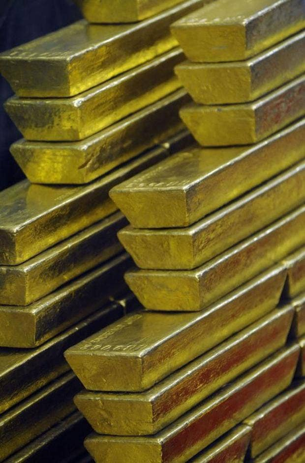 IN24238092Gold-bars-are-see.jpg