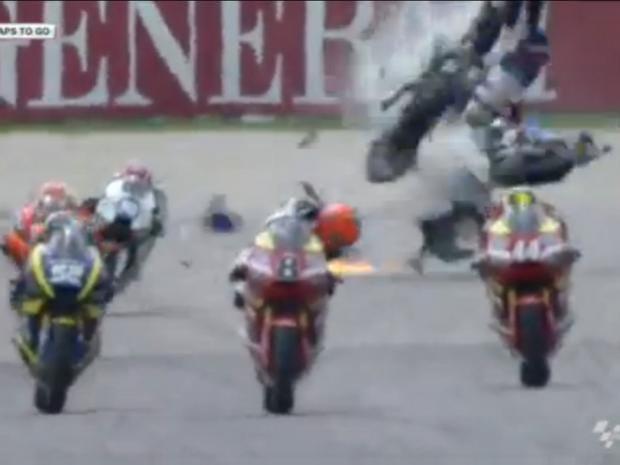 Moto2-crash.jpg