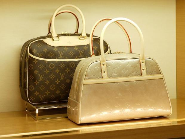 louis-vuitton-handbag.jpg