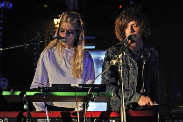 AN30527548LONDON GRAMMAR pe.jpg