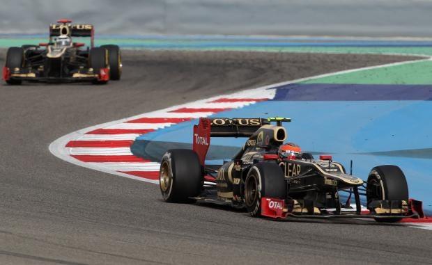 Kimi-Raikkonen-Romain-Grosj.jpg