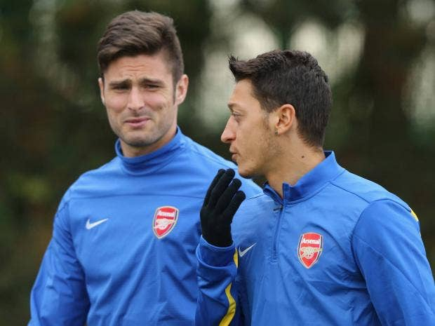 Olivier-Giroud-and-Mesut-Oe.jpg