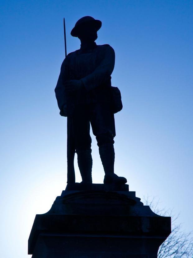 3-War-memorial-Alamy.jpg