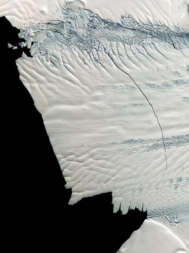 iceberg-giant-antarctic.jpg