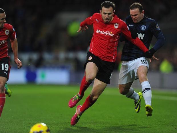 Wayne-Rooney-kick.jpg
