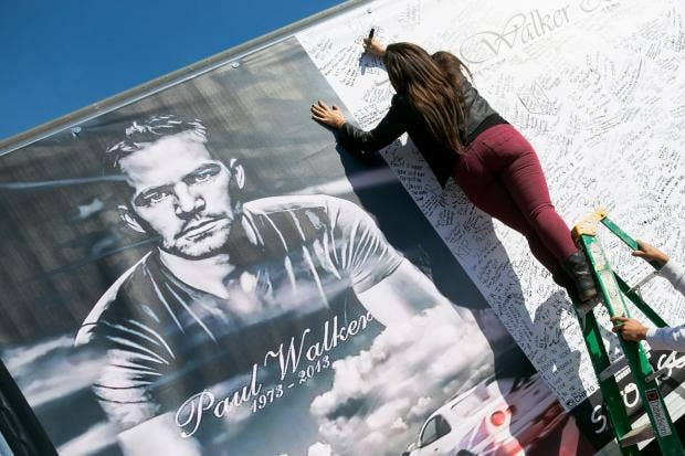 Paul-Walker-memorial-6_1.jpg