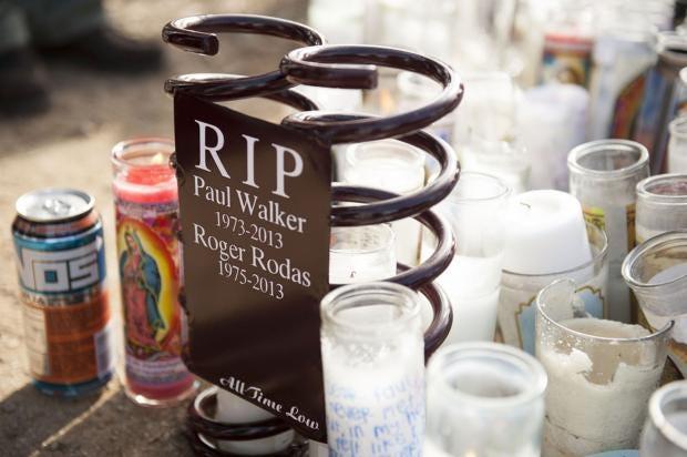 Paul-Walker-memorial-8_1.jpg