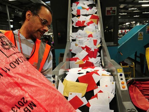 12.Royal-Mail-staff.PA.jpg