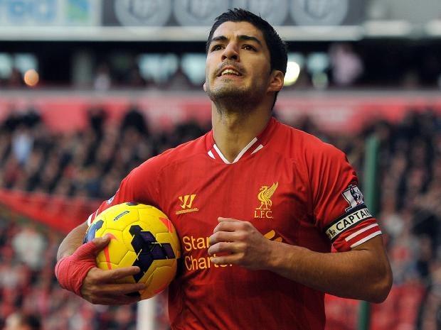 Suarez-match-ball.jpg