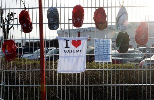 Schumacher-Fans6-AFG.jpg