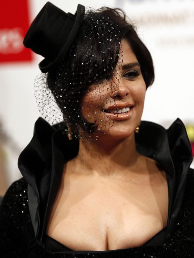 Kuwaiti-singer-Shams.jpg