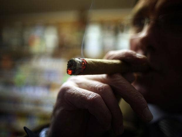 Cigar Smoking Enjoys A Revival In UK