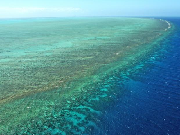 pg-25-barrier-reef-5-getty.jpg