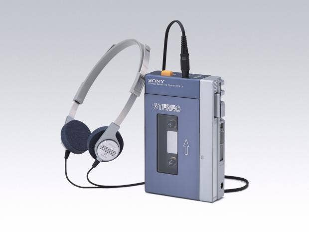 1264921-1979-sony-walkman.jpg