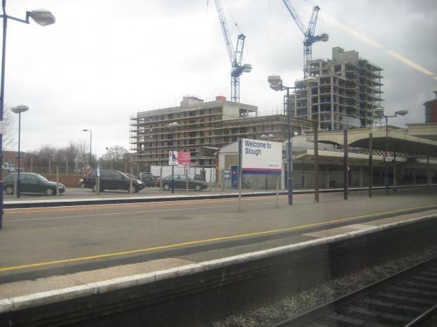 Slough_train_station.jpg