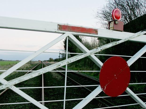 Netwrok-Rail-level-crossing.jpg